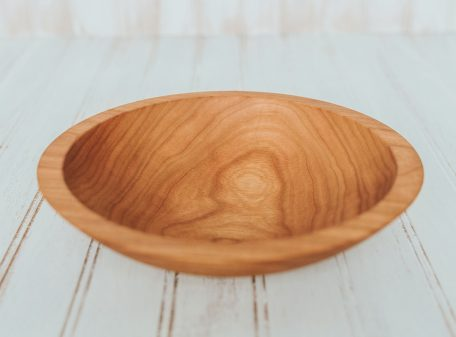 9-inch Medium sized cherry bowl