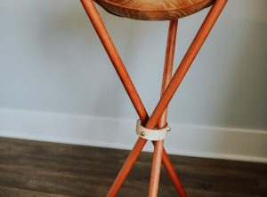 Wooden Bowl Stand – Tripod