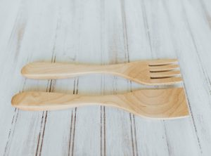 9-inch Beech Salad Utensil Set