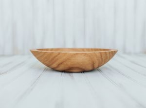 9 inch Red Oak Wooden Bowls – Bee's Oil Finish