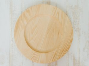 "10"" handcrafted Basswood plates with center"