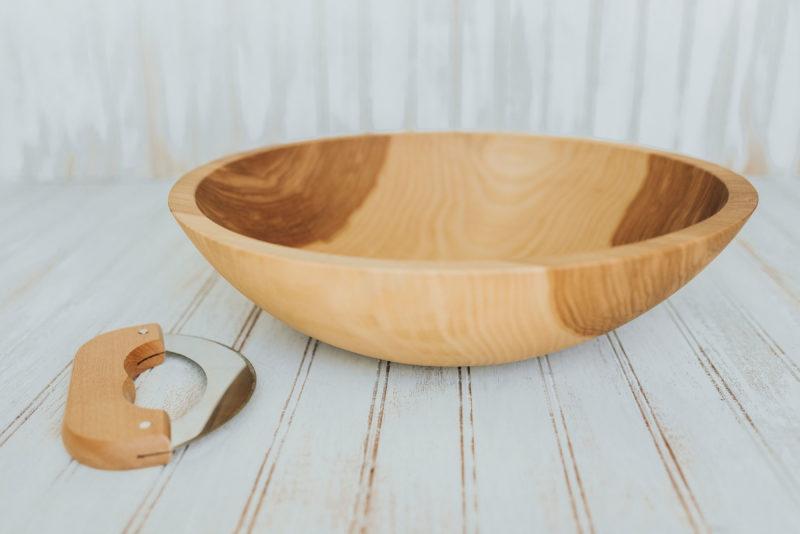 Beech Wood Chopping Bowl with mezzaluna knife