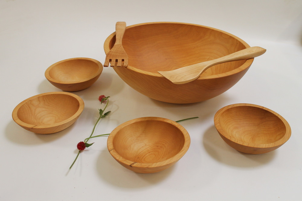 17 inch maple wood salad bowl set bees oil finish - Wooden Salad Bowl Set