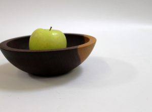 7 inch Walnut Bowl – Bee's Oil Finish
