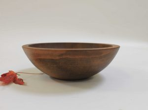 8 inch Beech Bowl – Dark Walnut & Bee's Oil Finish
