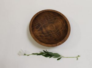 9 inch Beech Bowl – Dark Walnut & Bee's Oil Finish