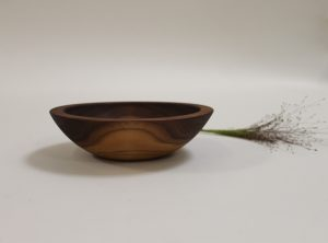 6 inch Walnut Bowl – Bee's Oil Finish