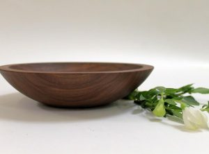 9 inch Walnut Bowl – Bee's Oil Finish