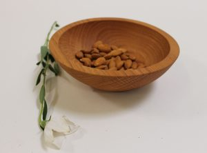 7 inch Red Oak Bowl – Bee's Oil Finish – Handmade Wooden Salad bowl