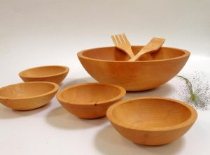 Large Wooden Salad Bowl set. 15-inch Maple set